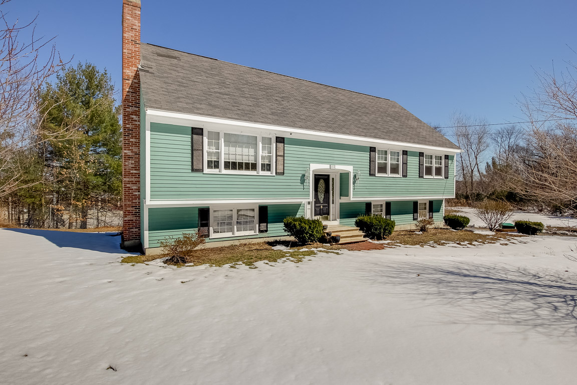 Front Exterior Photo of 250 Blue Hill Drive in Westwood, MA