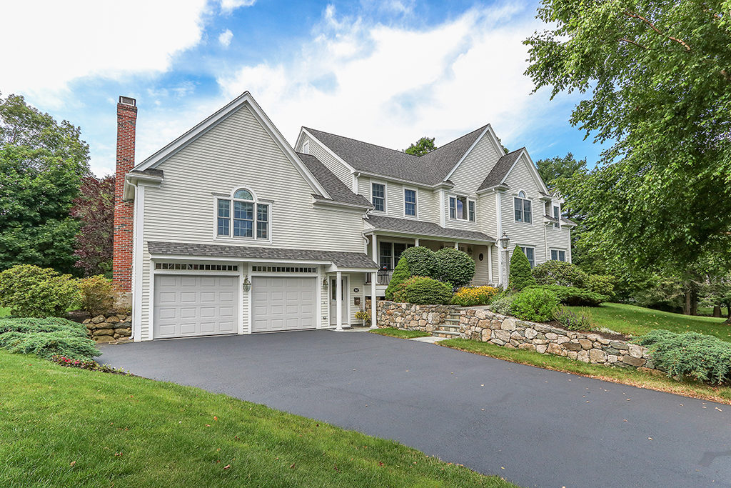 Front Exterior Photograph of 162 Greenhill Road in Westwood MA